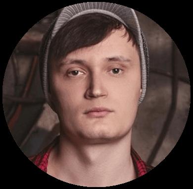 Илья Михайлов